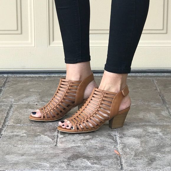 db23abce89 Boutique Shoes | Extra Comfort Low Block Heel Strappy Sandals | Poshmark